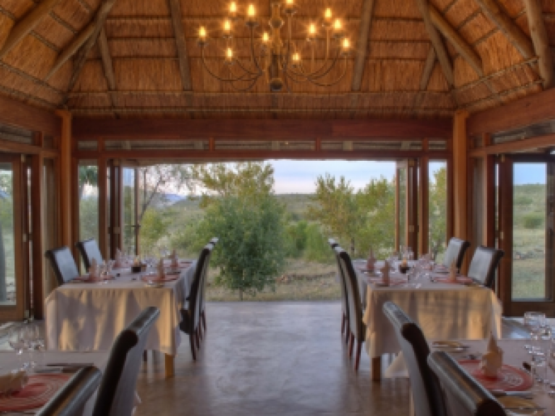 Madikwe Game Reserve - Rhulani Safari Lodge