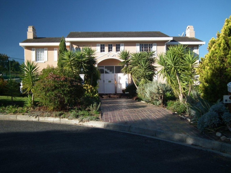 Villa Tara Guest House, Somerset West